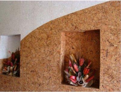 Korek na ścianę